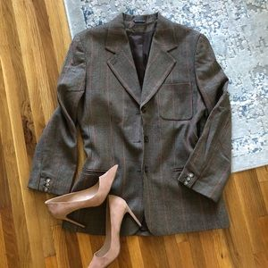 Burberry's prorsum 100% wool coat. Size 10